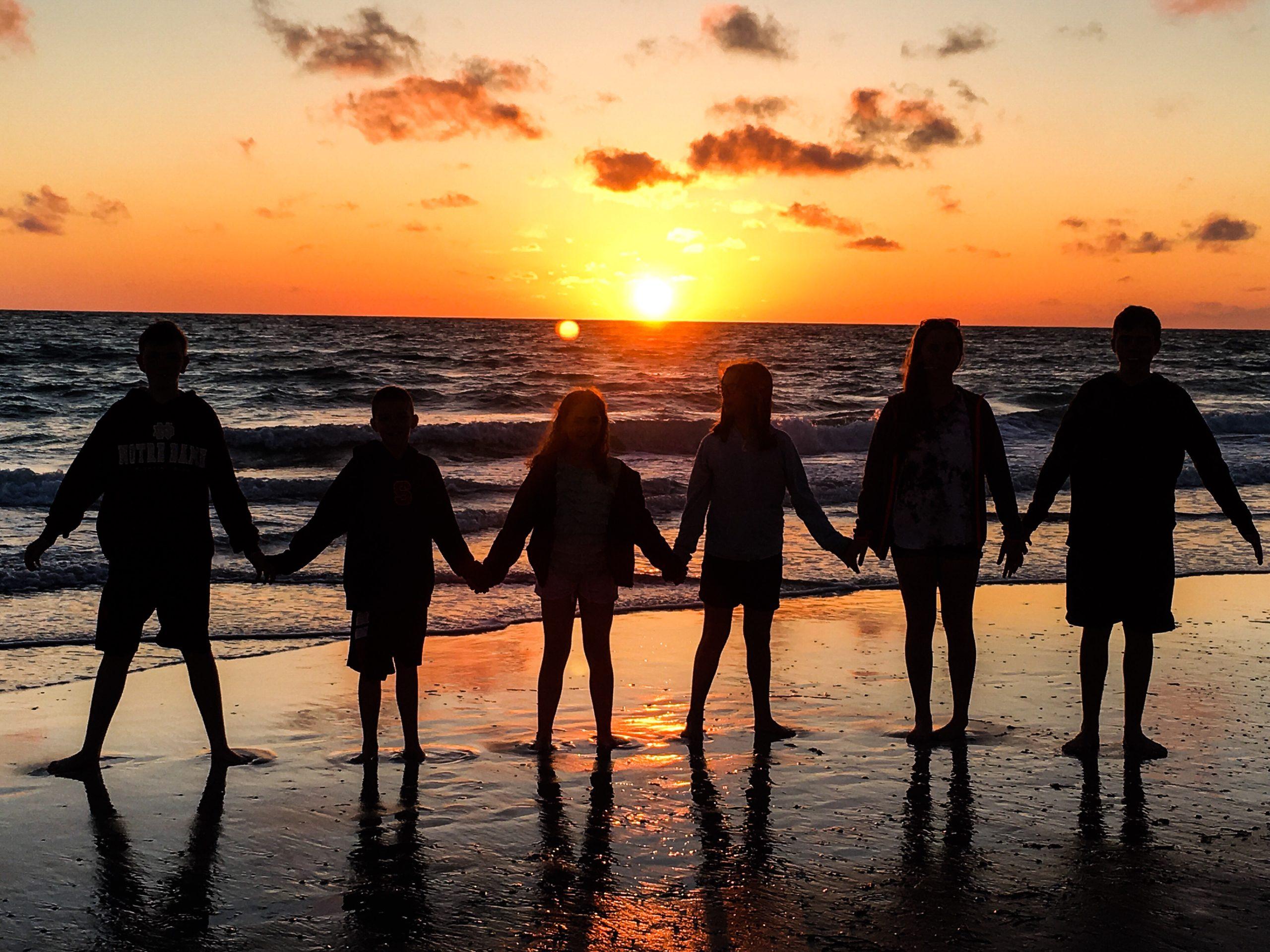 6 Steps to Adopting a Child in Florida - Adopting.org